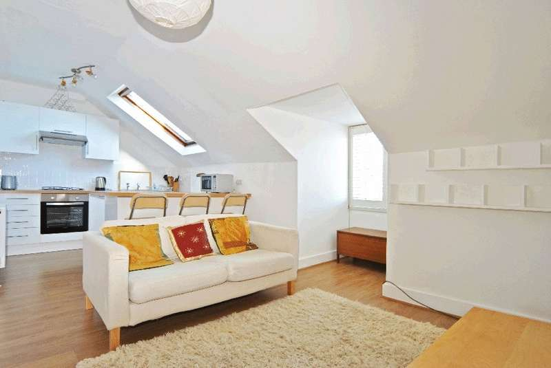 1 Bedroom Flat for sale in Ferme Park Road, Crouch End , N8