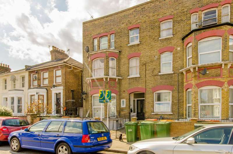 1 Bedroom Flat for sale in Cecil Road, Plaistow, E13