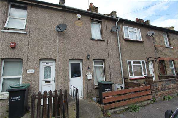 2 Bedrooms Terraced House for sale in Railway Street, Gravesend