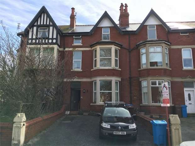 1 Bedroom Flat for sale in 17 Richmond Road, LYTHAM ST ANNES, Lancashire