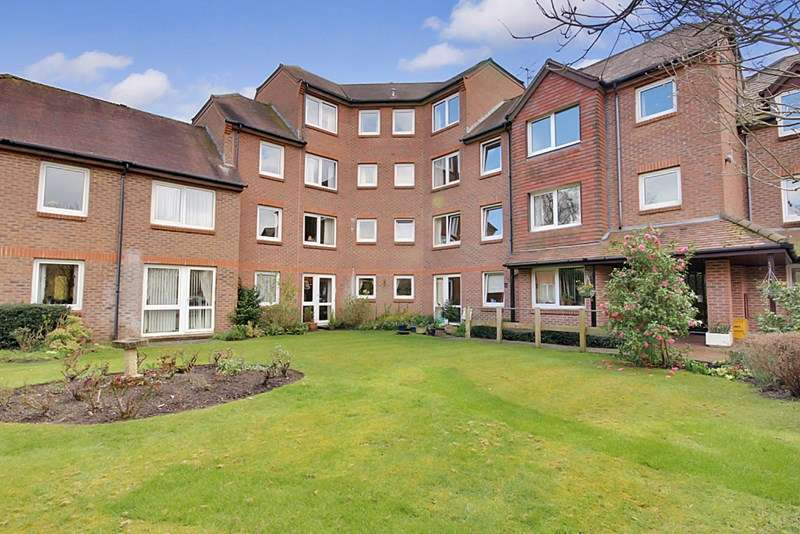 1 Bedroom Retirement Property for sale in Denehyrst Court, Guildford, GU1 4EA