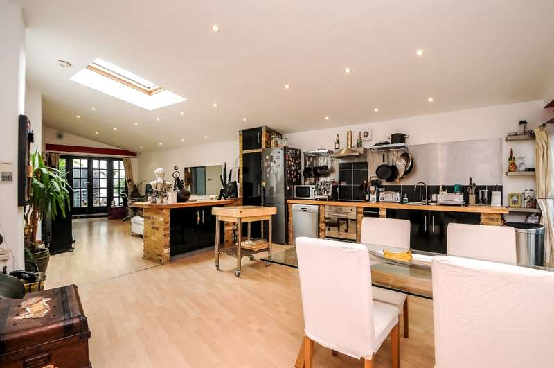 4 Bedrooms Semi Detached House for sale in Hindsleys Place, London, London, SE23