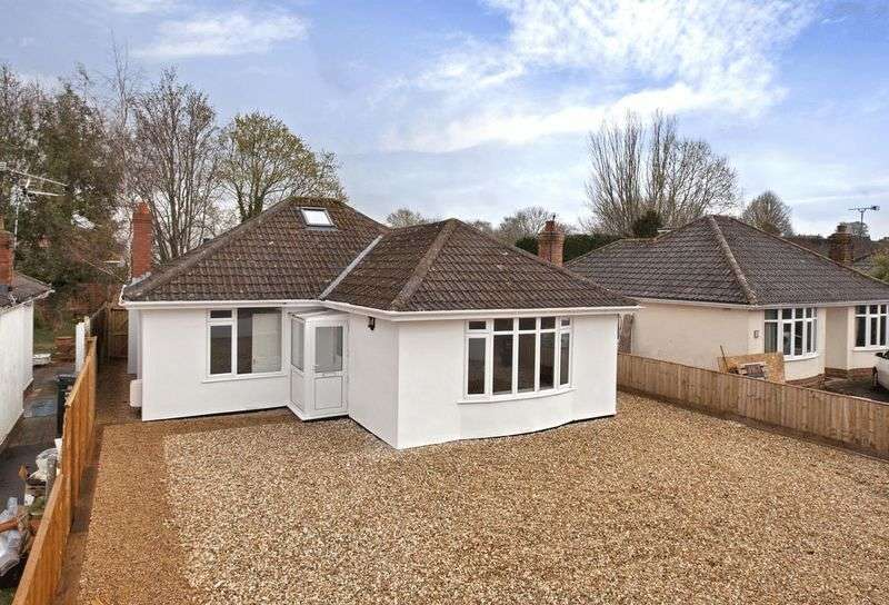 3 Bedrooms Detached Bungalow for sale in HOVELAND LANE