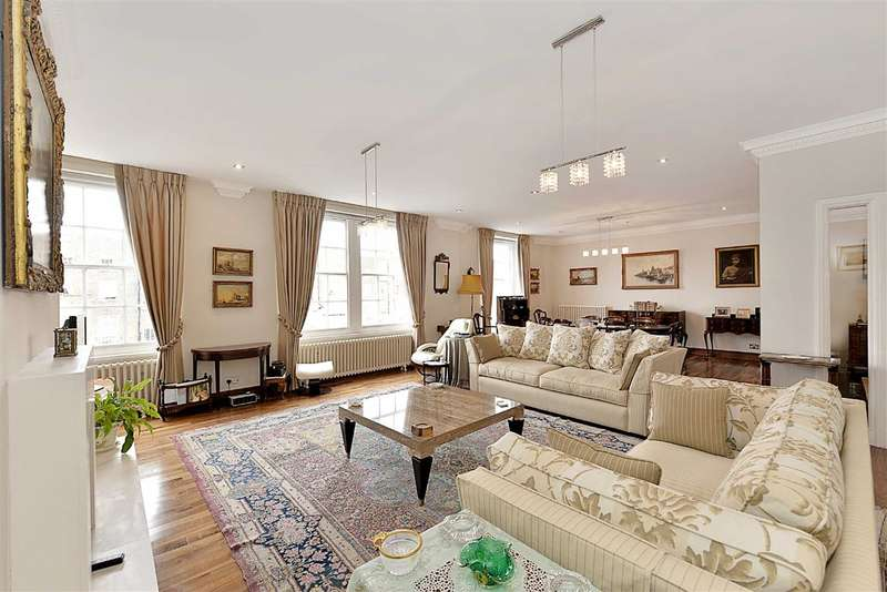 4 Bedrooms Flat for sale in Abbey Lodge, London, NW8