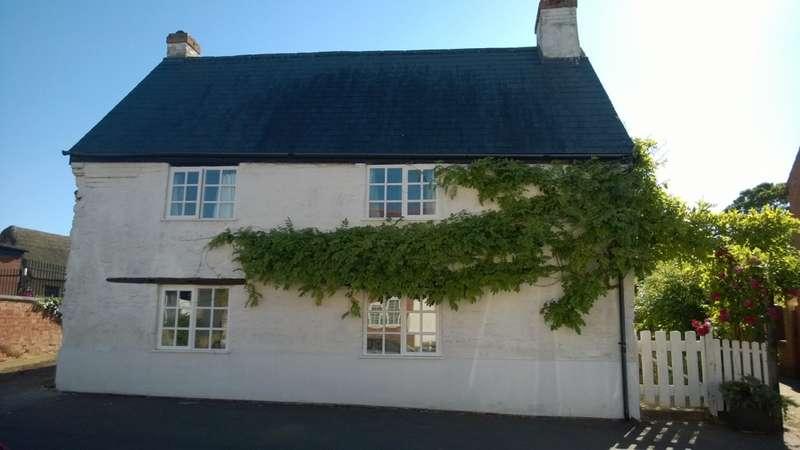 3 Bedrooms Cottage House for sale in High Street, Milton Keynes, Buckinghamshire, MK14