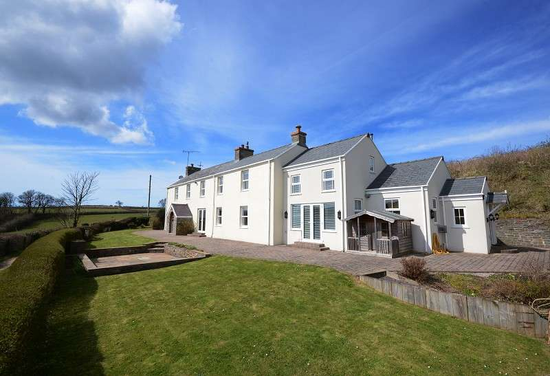 5 Bedrooms Detached House for sale in Tyr Coed Farmhouse Stembridge, Llanrhidian, Swansea, City & County of Swansea. SA3 1BT