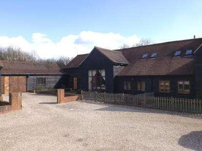 5 Bedrooms Semi Detached House for sale in Spurriers Farm Barns, Norton Heath, Ingatestone, Essex