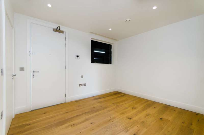 Studio Flat for sale in The Ladbroke Grove, Ladbroke Grove, W10