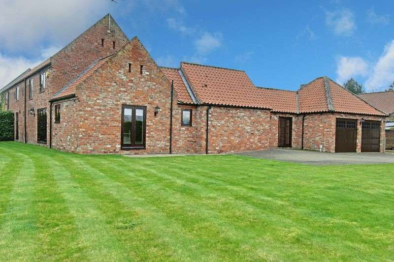 5 Bedrooms Semi Detached House for sale in Carr Lane, Beverley
