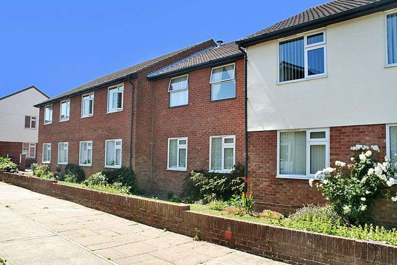 1 Bedroom Retirement Property for sale in Havencroft Court, Walton on the Naze, CO14 8PS