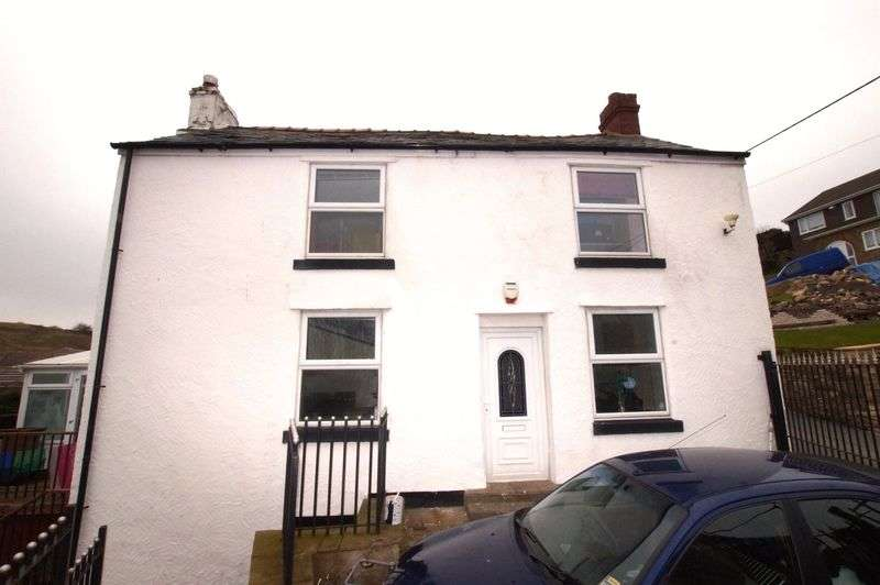 4 Bedrooms Detached House for sale in Allt Y Pentref, Gwynfryn, Wrexham