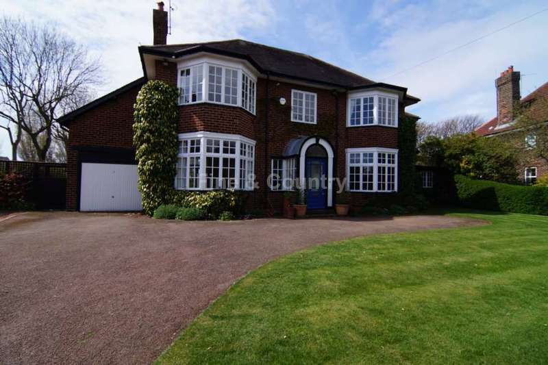 5 Bedrooms Detached House for sale in Dowhills Drive, Blundellsands, Crosby