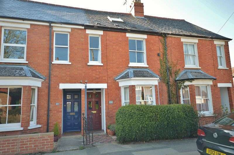 3 Bedrooms Terraced House for sale in Thame