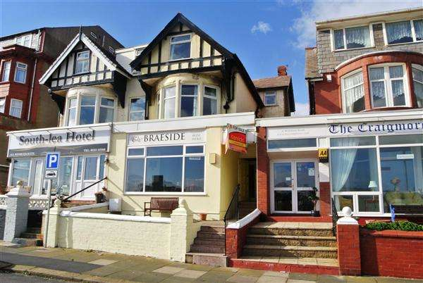 10 Bedrooms Guest House Gust House for sale in Willshaw Road, Blackpool