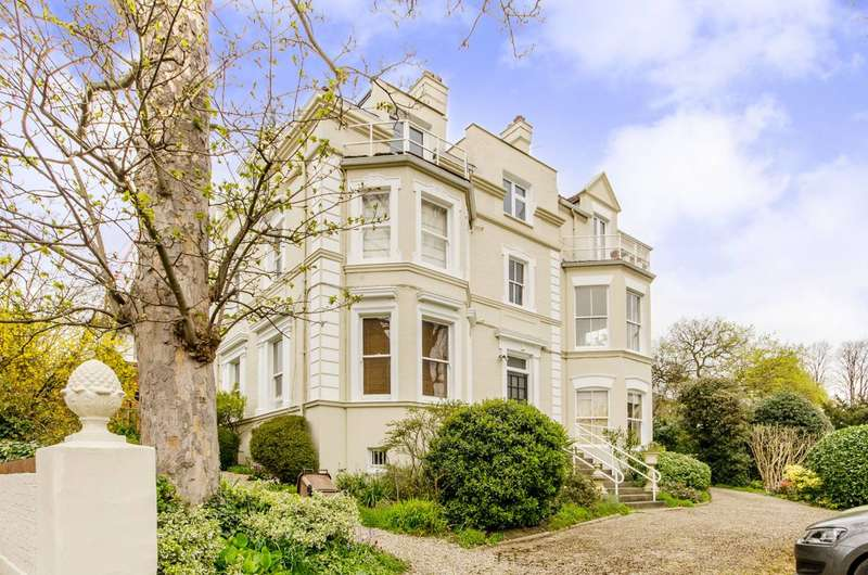 1 Bedroom Flat for sale in Spencer Hill, Wimbledon, SW19
