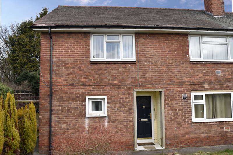 2 Bedrooms Maisonette Flat for sale in Remount Road, South Yorkshire, S61 3AE
