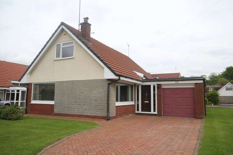 3 Bedrooms Detached House for sale in SOMERSET GROVE, Cutgate, Rochdale OL11 5YS
