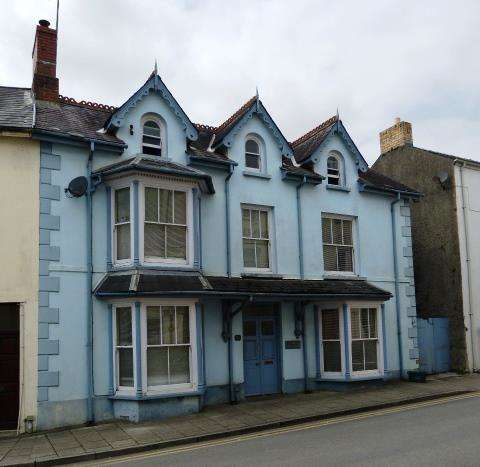 5 Bedrooms Semi Detached House for sale in The Old Castle, Market Street, Narberth, Pembrokeshire