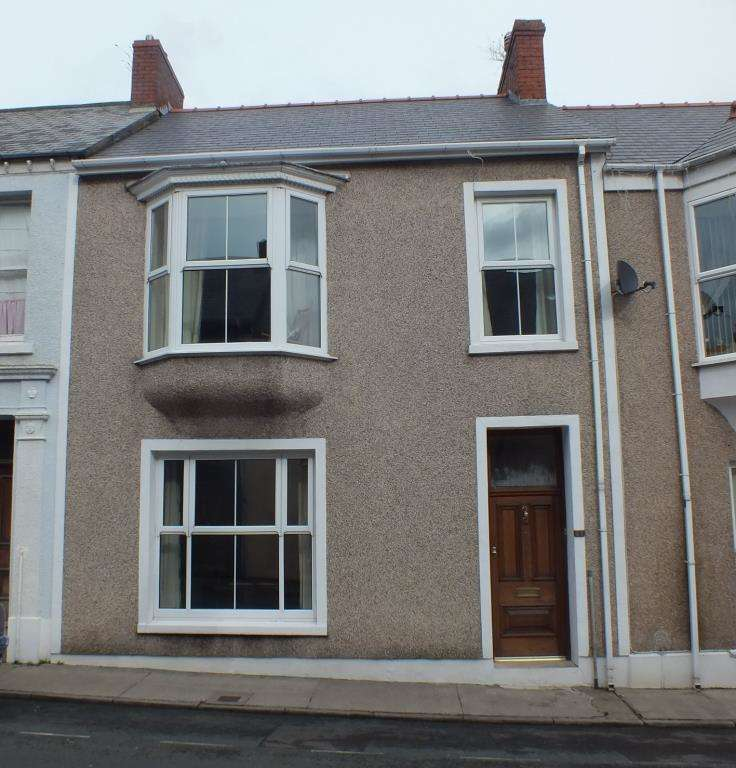 4 Bedrooms Terraced House for sale in Bush Street, Pembroke Dock, Pembrokeshire