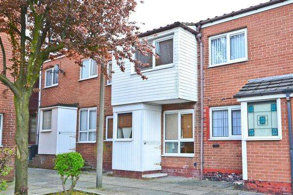 3 Bedrooms Terraced House for sale in Castlehey, Skelmersdale