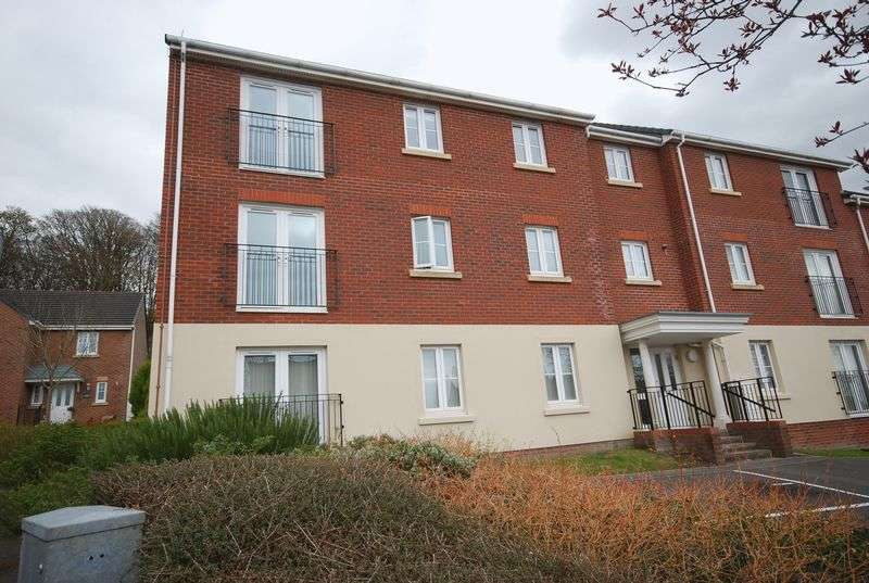 2 Bedrooms Flat for sale in 9 Geraint Jeremiah Close, Briton Ferry, Neath, SA11 2JY