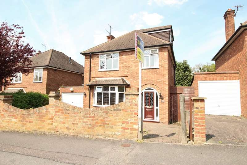 5 Bedrooms Detached House for sale in Nash Mills, Hemel Hempstead