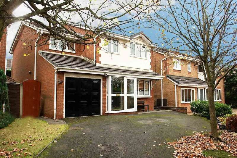 4 Bedrooms Detached House for sale in 20 Badger Close, Burnedge, Rochdale