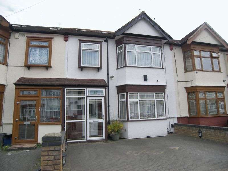 4 Bedrooms Terraced House for sale in St. GEORGES ROAD ILFORD IG1