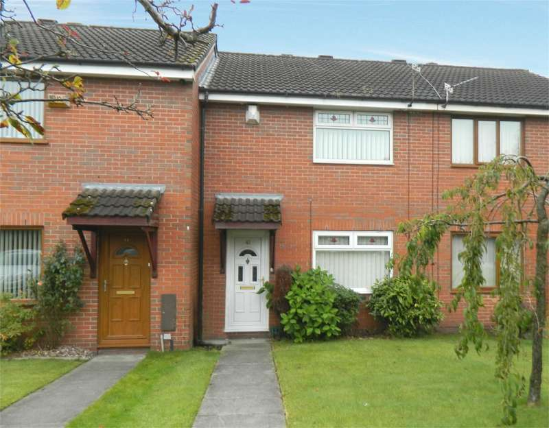 3 Bedrooms Terraced House for sale in Dean Court, Bolton, Lancashire