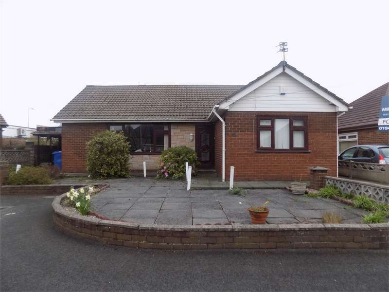 3 Bedrooms Detached Bungalow for sale in Knaresborough Road, Hindley, Wigan, Lancashire