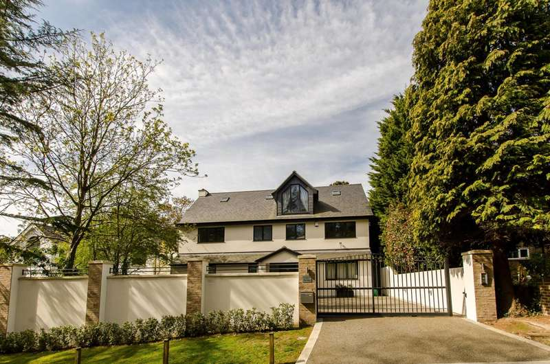 5 Bedrooms House for sale in Henley Drive, Coombe, KT2