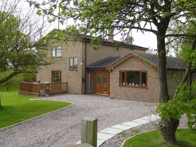 4 Bedrooms Detached House for sale in Aldersey Lane, Handley