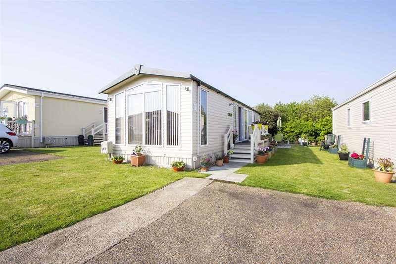 2 Bedrooms Property for sale in Bradgate Caravan Park, Manston Court Road, Margate
