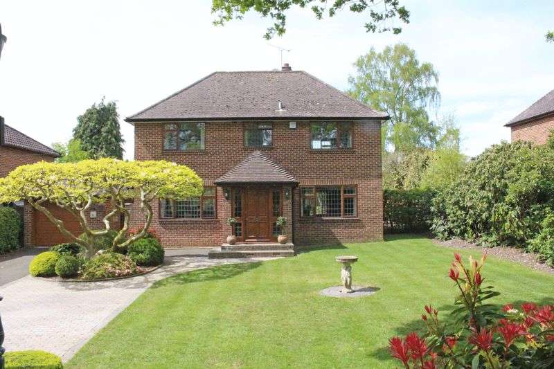 4 Bedrooms Property for sale in Rownhams