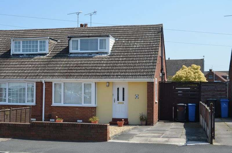 2 Bedrooms Semi Detached Bungalow for sale in Sea Lane, Runcorn