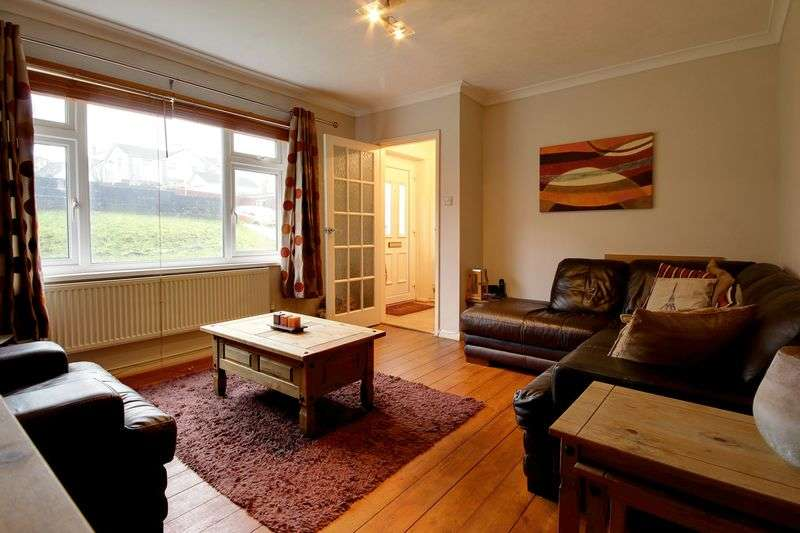 3 Bedrooms Semi Detached House for sale in Laurel Road, Newport