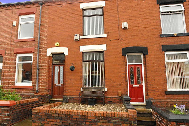 2 Bedrooms Terraced House for sale in 258 Denton Lane, Chadderton, Oldham