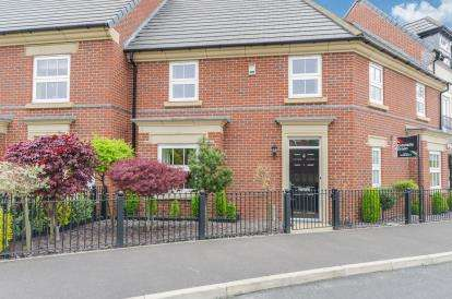 4 Bedrooms House for sale in Stalbridge Drive, Runcorn, Cheshire, Sandymoor, WA7