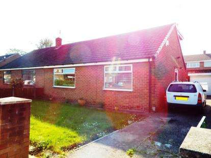 3 Bedrooms Bungalow for sale in Tennyson Drive, Warrington, Cheshire