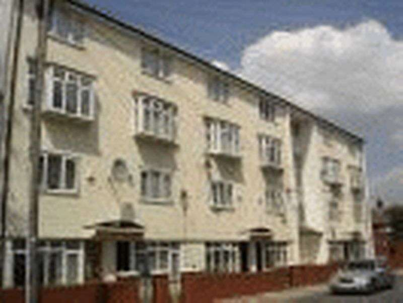 1 Bedroom Flat for sale in Croxteth Hall Lane, Croxteth, Liverpool