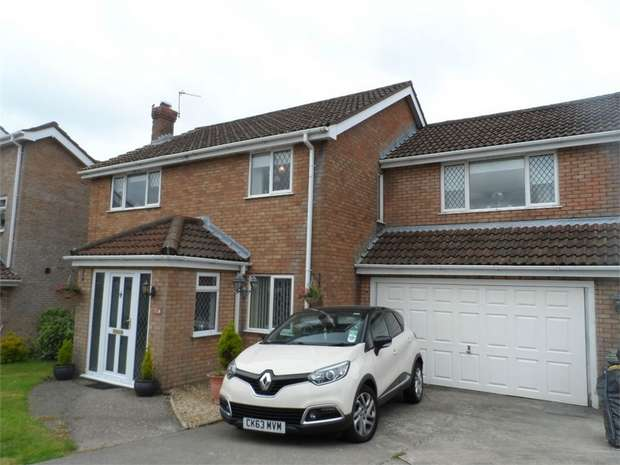 5 Bedrooms Detached House for sale in Beaumaris Way, Grove Park, BLACKWOOD, Caerphilly