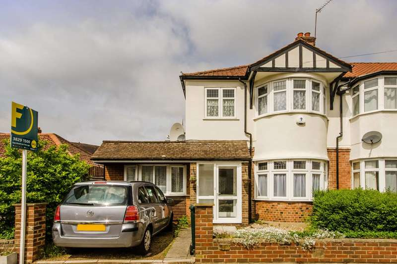 4 Bedrooms House for sale in Cavendish Avenue, New Malden, KT3