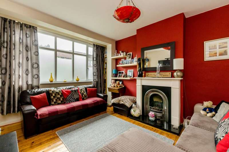 4 Bedrooms Terraced House for sale in Abercairn Road, Streatham Vale, SW16