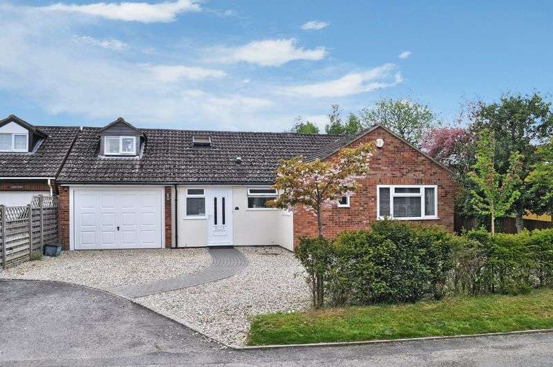 5 Bedrooms Detached Bungalow for sale in Sandy Lane, Southmoor