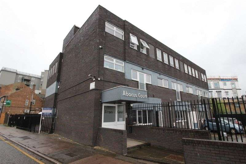 14 Bedrooms Property for sale in Dudley Street, Luton