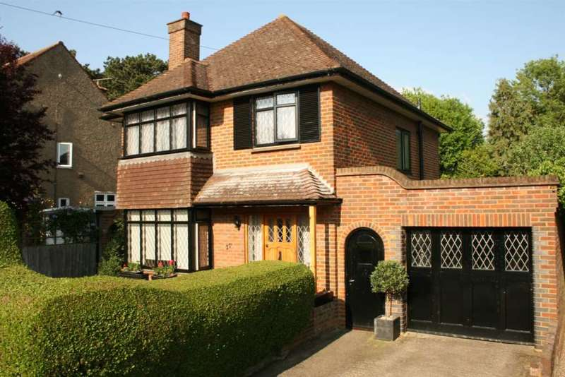 3 Bedrooms Detached House for sale in 3 BED DETACHED WITH Sebright Road, Boxmoor