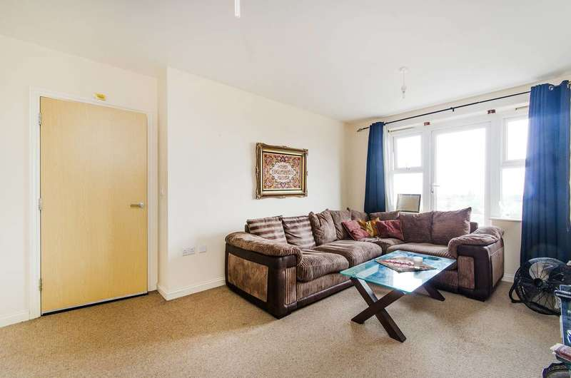 2 Bedrooms Flat for sale in Stanley Road, Harrow, HA2