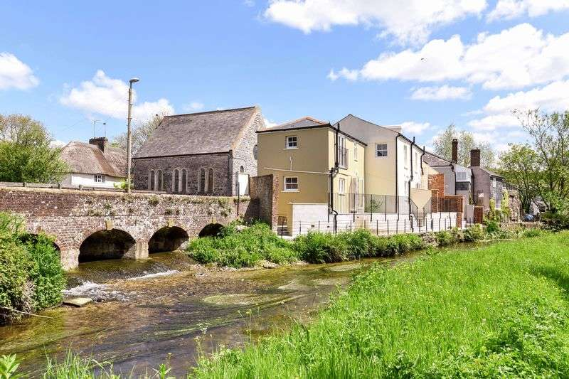 2 Bedrooms Cottage House for sale in Maiden Newton, Dorset, DT2