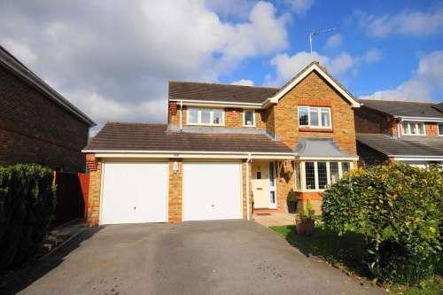 4 Bedrooms House for sale in Blackfield Lane, West Moors