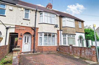 3 Bedrooms Terraced House for sale in Beechwood Road, Luton, Bedfordshire, United Kingdom
